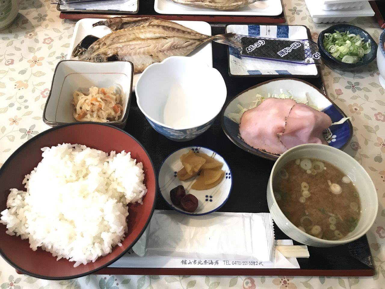 「民宿かやま&北浜」朝食 1