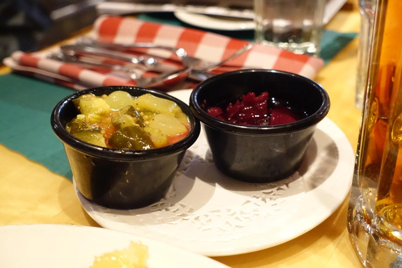 シュガーシャックのケベック料理「La Buche」7