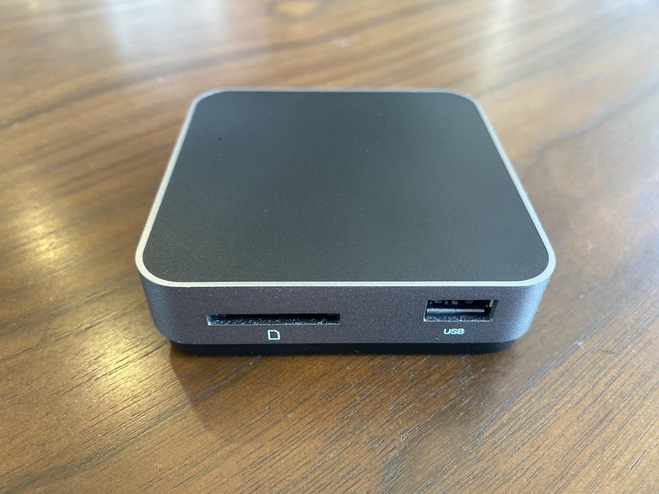 旅も仕事場も安定感のある重量で使いやすいUSB-C接続の5ポートドック「OWC Travel Dock Gen 2」【HDMI/USB/SDカードリーダー】