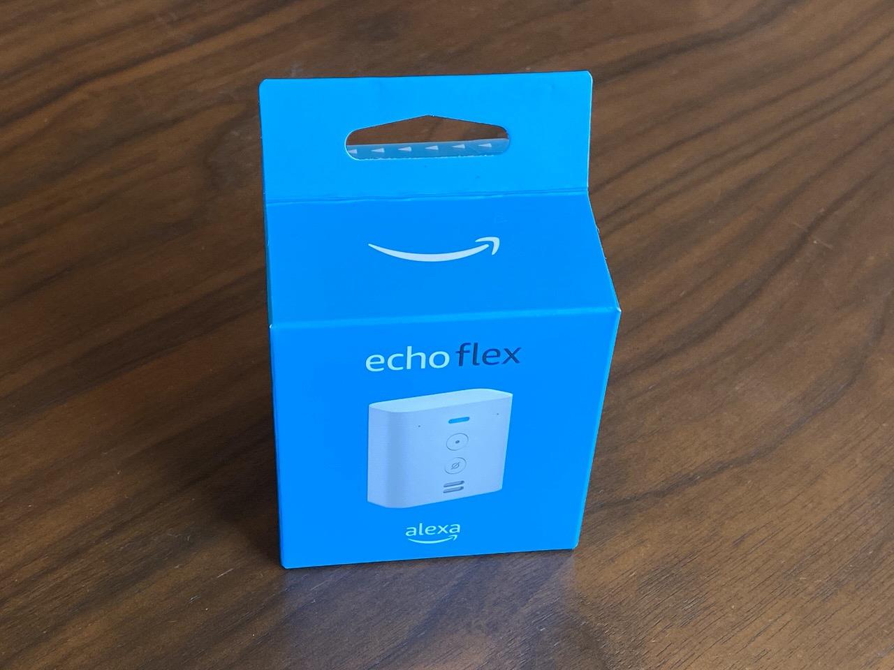 Amazon「Echo Flex(エコーフレックス)」壁のコンセントに挿すだけで簡単に使えるAlexa