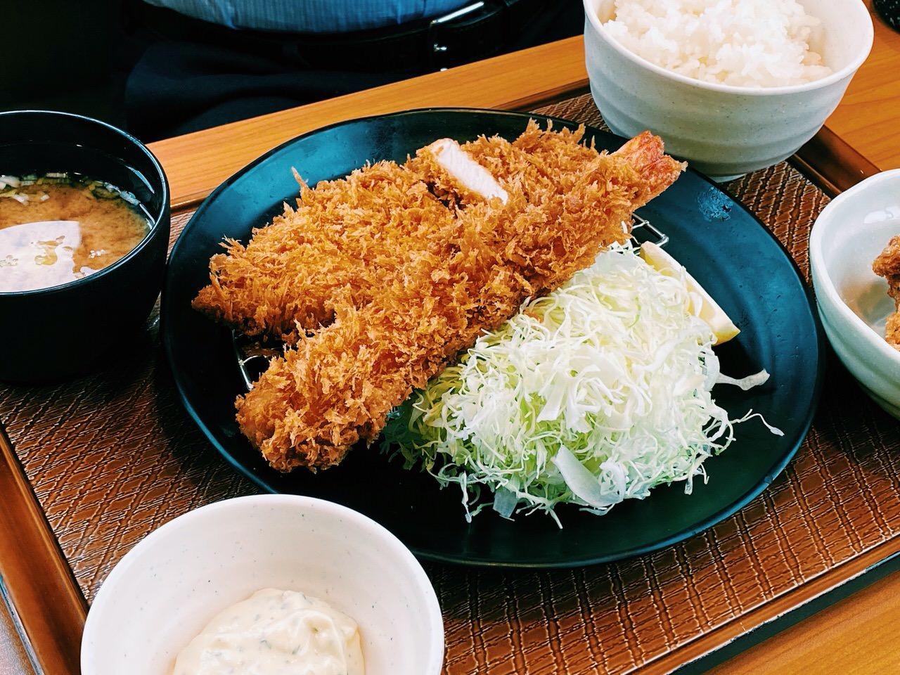 「とんから亭」ロースカツ 10