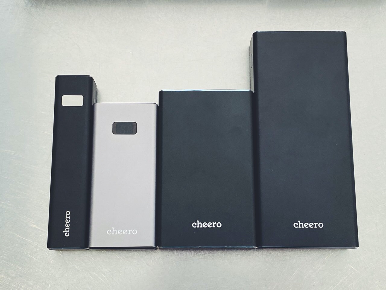 【cheero Power Plus 5】5,000/15,000/20,000mAh 9
