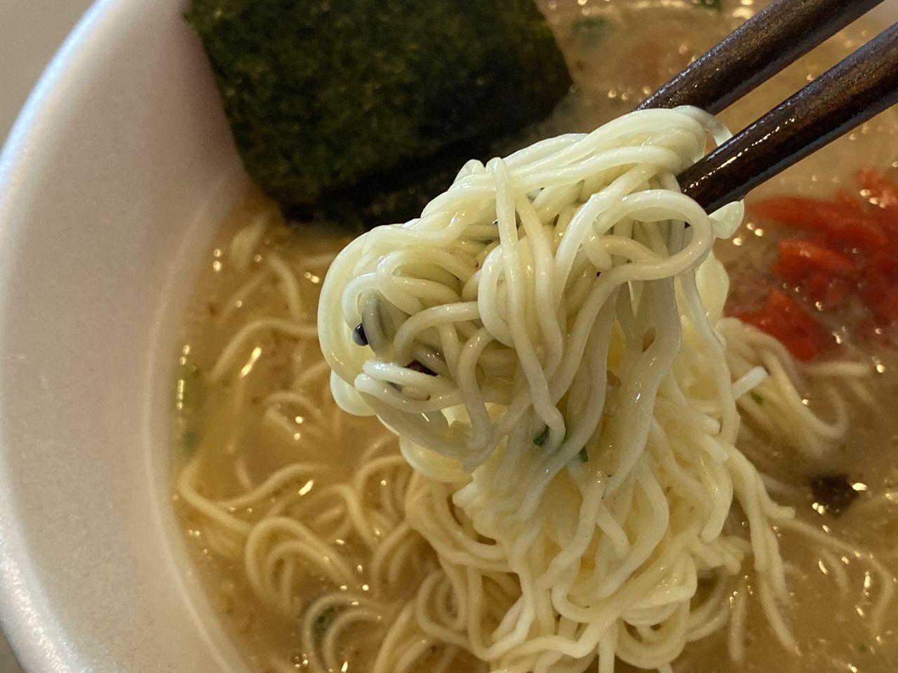 カップ麺「長浜屋台やまちゃん」7