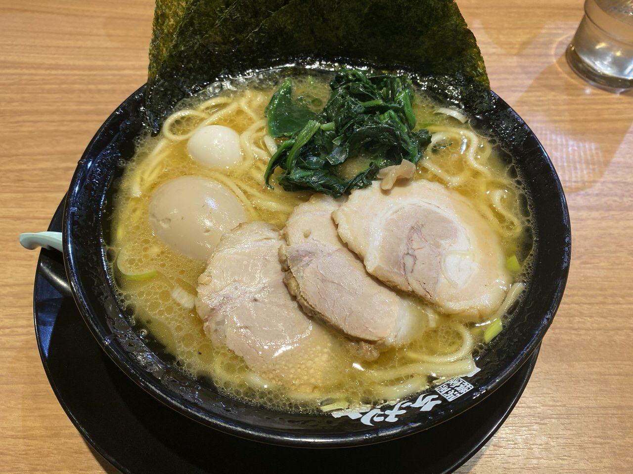 「横浜家系ラーメン 町田商店」(浦和)6