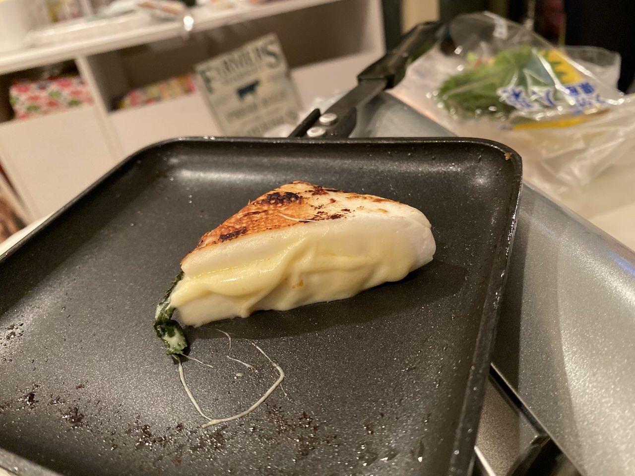 「ホットサンドメーカー」チーズ入りはんぺん 5