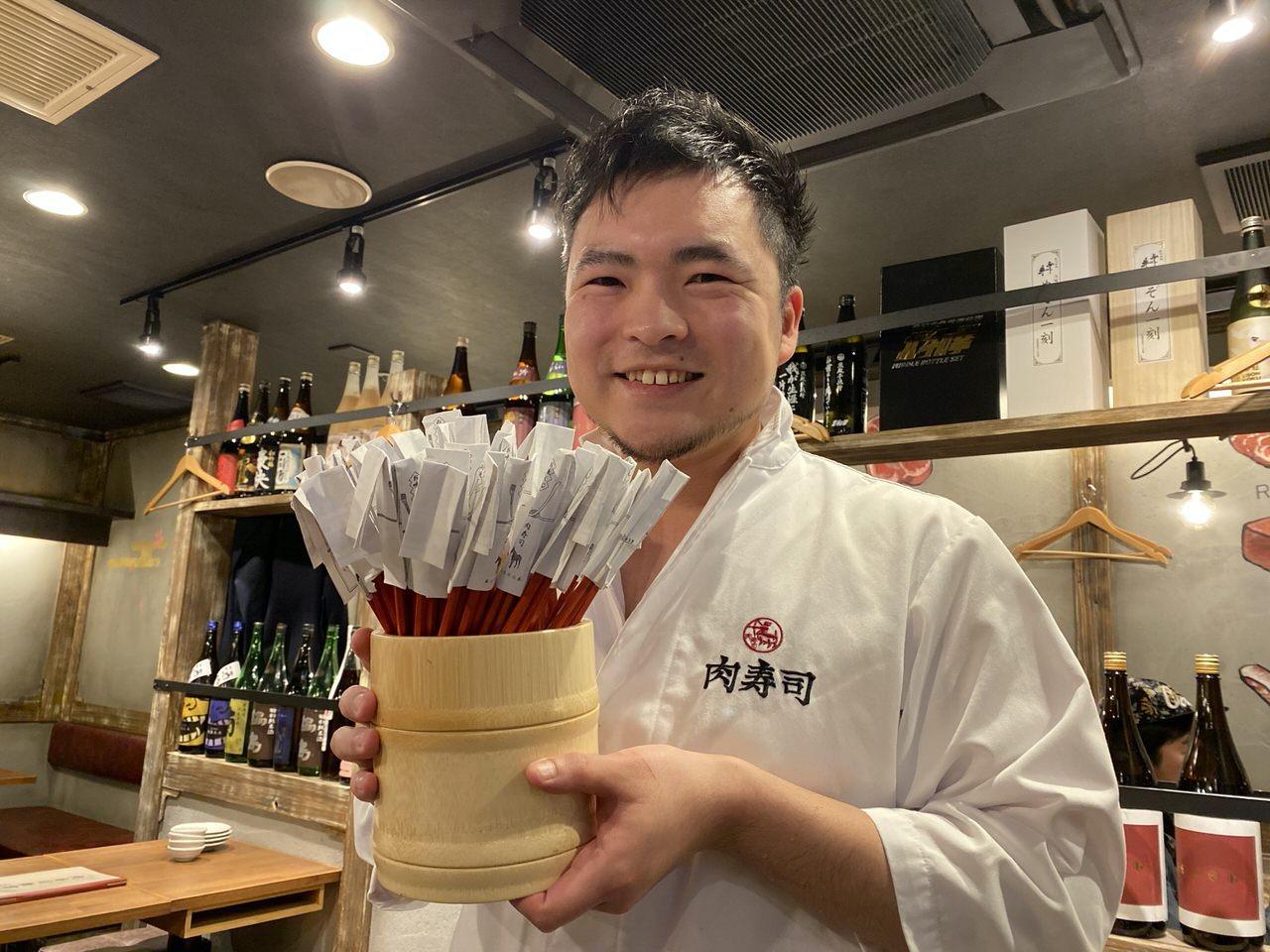 「秋葉原 肉寿司」3