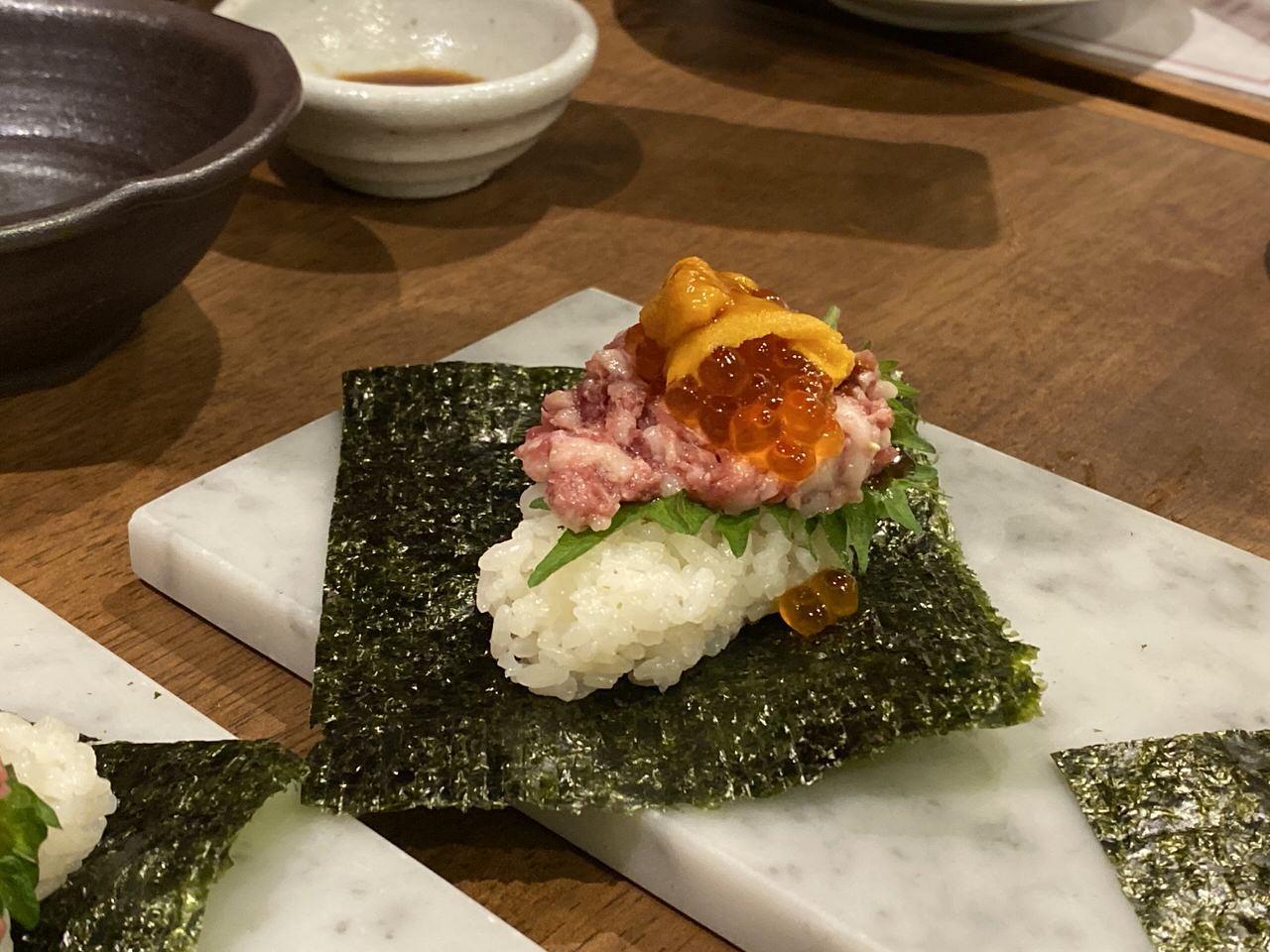 「秋葉原 肉寿司」17