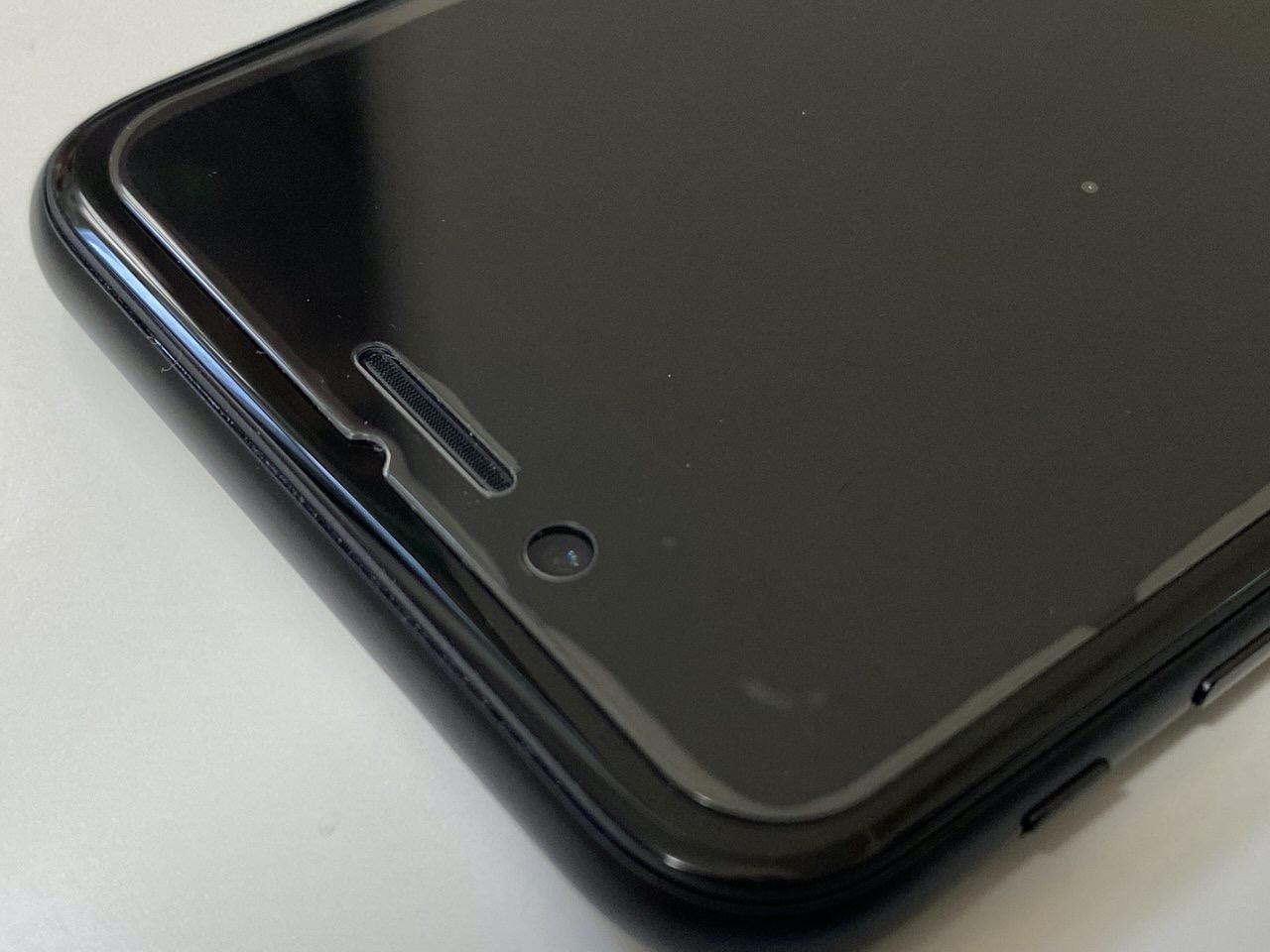 「iPhone SE」液晶保護ガラスはSE専用 2