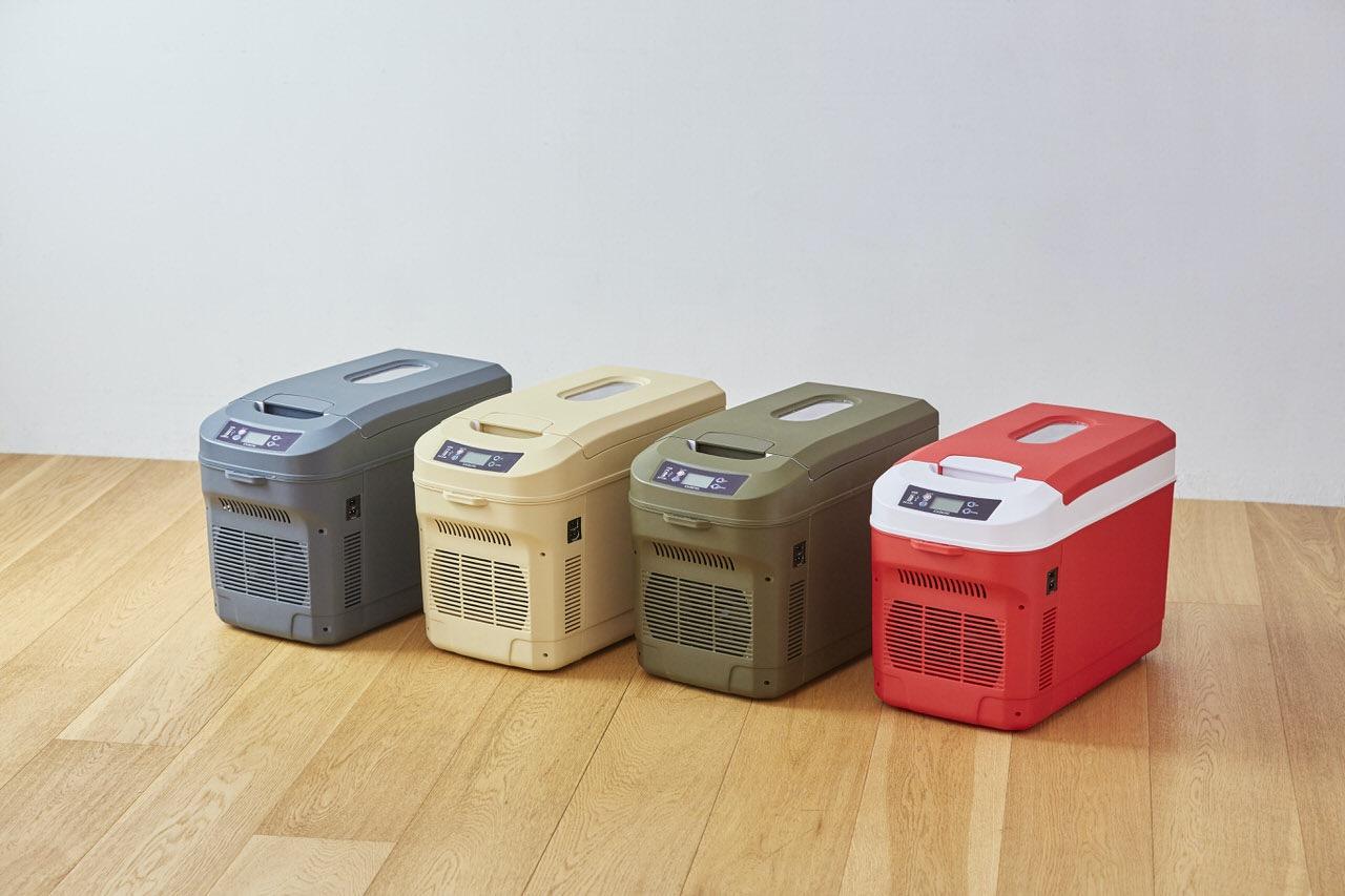 アウトドアや防災用に!2Lペットボトルが6本入るカラフルなポータブル冷蔵庫「ICEBERG」19,800円で発売開始