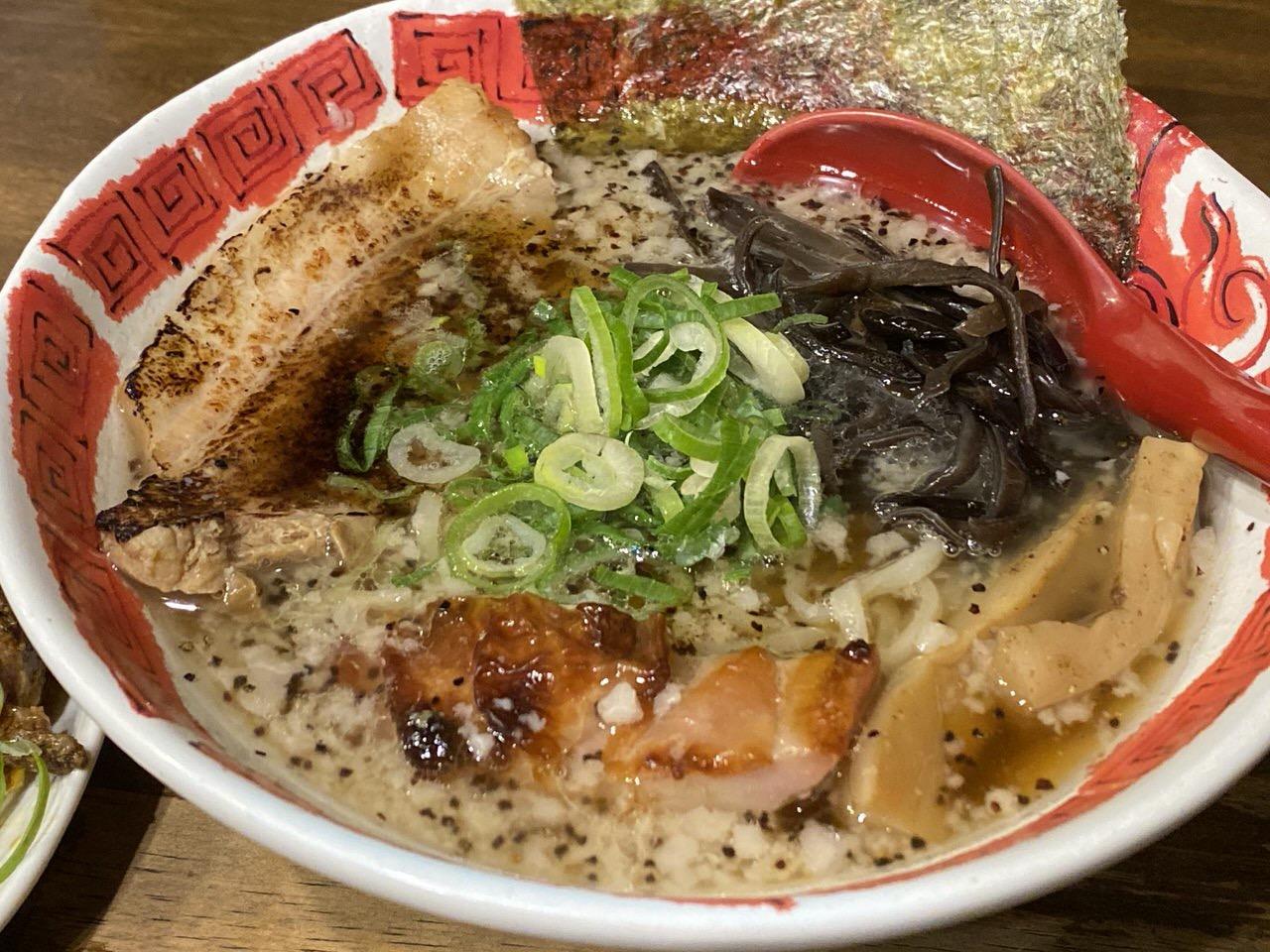 「麺屋 八頭龍(おろち)」八頭龍ラーメン 8