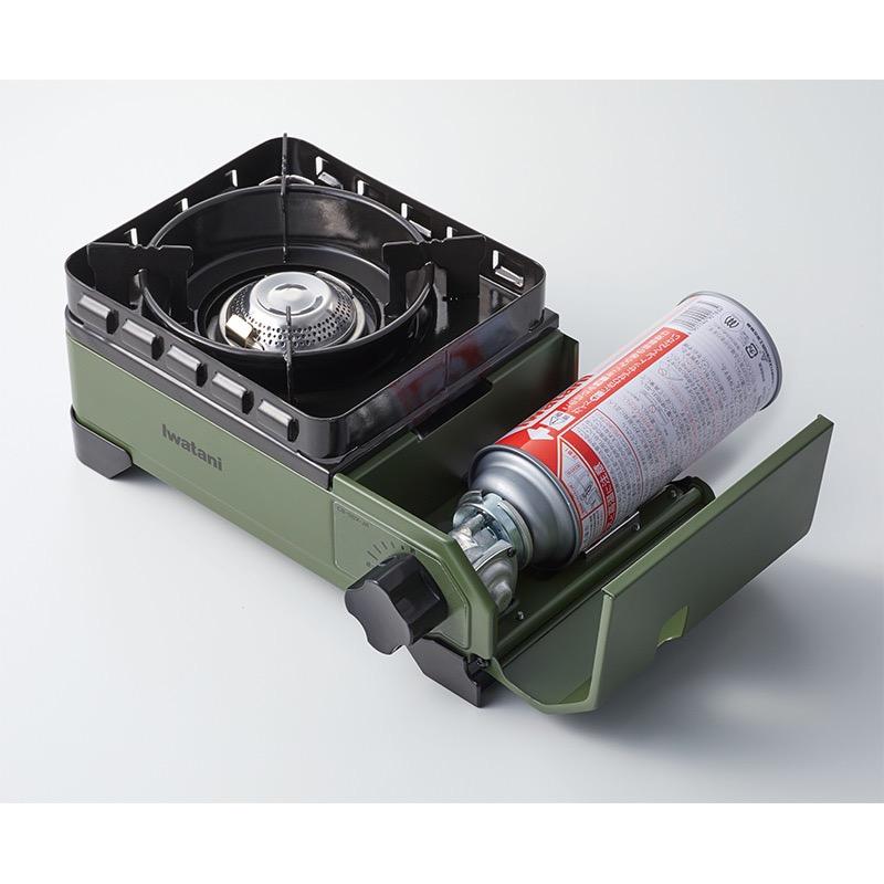 少人数のアウトドアに最適!ダブル風防ユニット搭載の「イワタニ カセットフー タフまるジュニア」キャリングケースもゴツくていい!