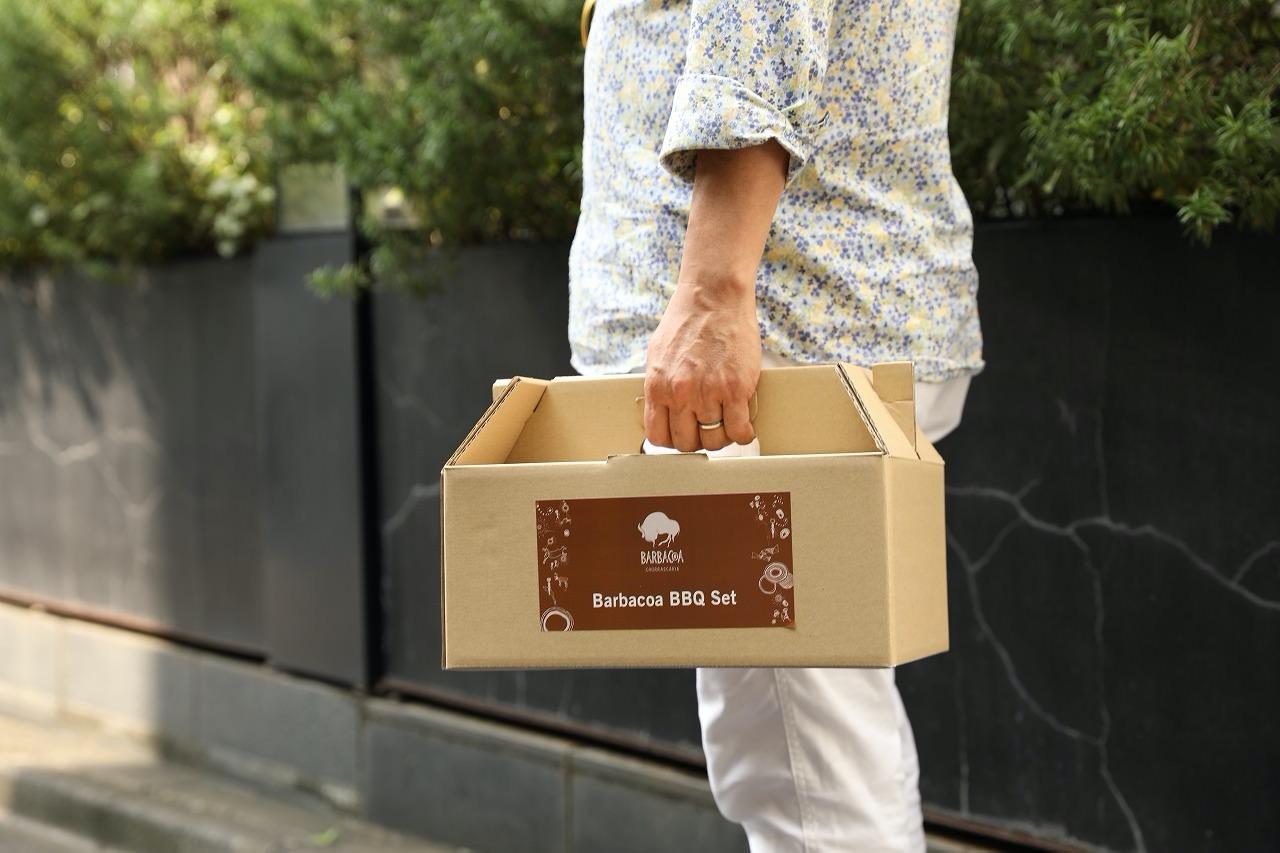 【バルバッコア】シュラスコ定番の肉と自家製ソースに使い捨てコンロが付いた「BARBACOA BBQ SET」をテイクアウト販売開始