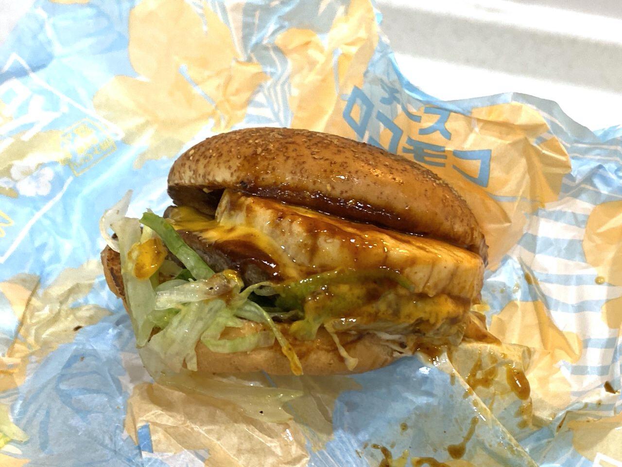 【マクドナルド】品切れしていた「チーズロコモコ」「ハワイアンスパイシーバーベキュー」を食べてみた!