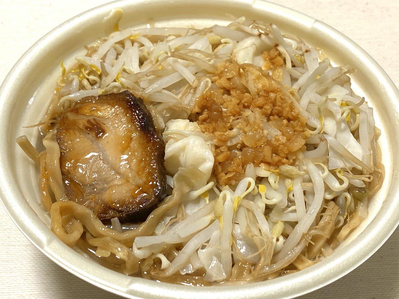 【セブンイレブン】二郎系ラーメン「中華蕎麦 とみ田監修 豚ラーメン」5