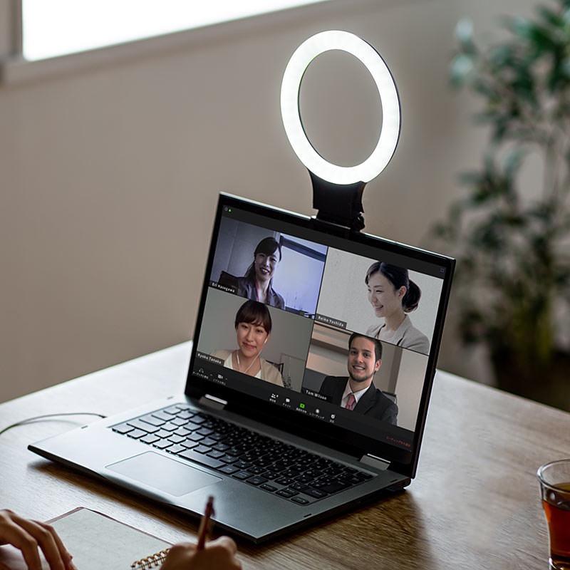 物撮りやウェブ会議で使える!クリップ式のスマホ&パソコン用リングライト「200-DG020」