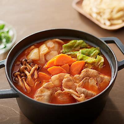【無印良品】世界の料理をお手本にした「手づくり鍋の素」バターチキンカレー鍋・いかすみ鍋・火鍋など9種を発売開始