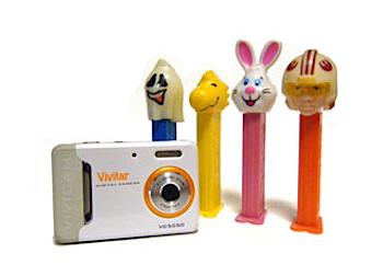 名刺サイズのトイデジカメ「ViviCam 5050」