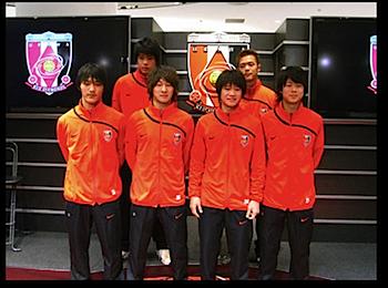 浦和レッズ、新加入選手を浦和パルコで発表