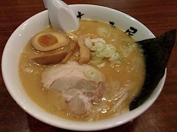 味噌ラーメン「むつみ屋」(イオン浦和美園店)
