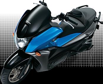 「FAZE(フェイズ)」ホンダのスタイリッシュな250ccスクーター