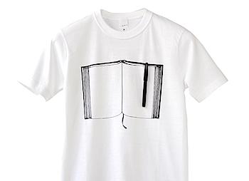 胸にサインペンがささるTシャツ「ペンとノート」