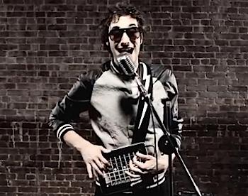 「iPad」でここまで演奏できるミュージックビデオ