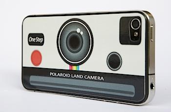 「iPhone 4」ポラロイドカメラ風にするステッカー