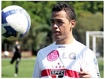 浦和レッズ、サンパウロFCからマゾーラを期限付き移籍で獲得