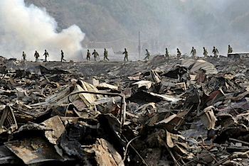 「ニューヨークタイムズ」311から時系列で東北関東大震災被災地の写真を紹介