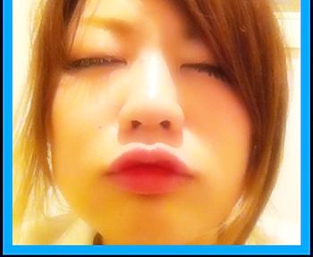 100人の女子大生の中から運命の唇がゲットできる「100 KISS CAMPUS」