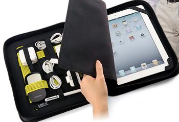 ガジェット類を固定する「GRID-IT」搭載のiPad/iPad 2 ケース「Cocoon Tablet Travel Case 10」(CTC932)
