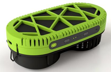 水で発電してiPhoneが充電できるポータブル充電器「PowerTrekk(パワートレック)」