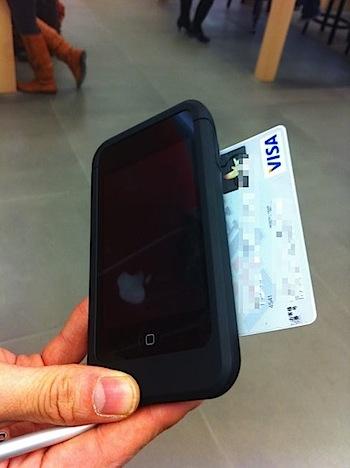 Apple StoreのiPod touchによるクレジットカード決済システム