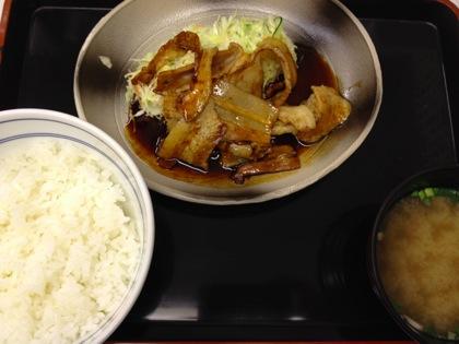 吉野家「豚焼定食 十勝仕立て」も食べてみた!