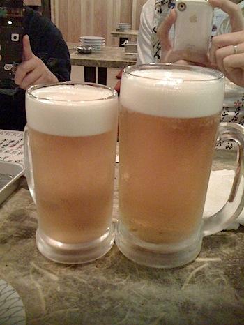 「だるま山」の生ビール大ジョッキに驚愕(浦和)