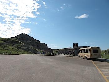 【ネタフル・カナダ支局】世界遺産のアルバータ州立恐竜公園(恐竜の化石探索バスツアー その1)