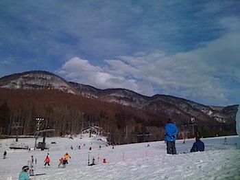 「宝台樹スキー場」で親子スキー