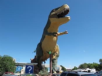 【ネタフル・カナダ支局】ドラムヘラーの世界で最も大きい恐竜プロジェクト!?