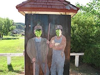 【ネタフル・カナダ支局】ドラムヘラーの炭鉱跡地にて(炭坑の廃虚)