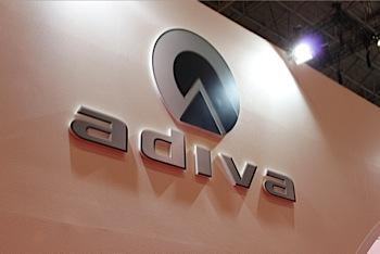 「adiva」で小型のスクーターを見る(東京MS)