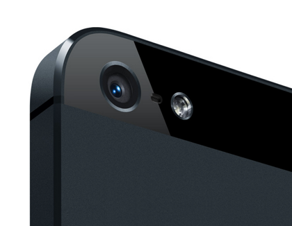 「iPhone 5」ブラックは傷がつきやすい!?