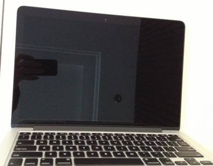 「MacBook Pro」13インチRetinaモデルの写真が流出