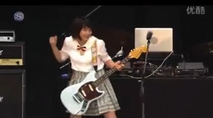 【動画あり】能年玲奈がギターをかき鳴らして絶叫しているのが激しく可愛い!