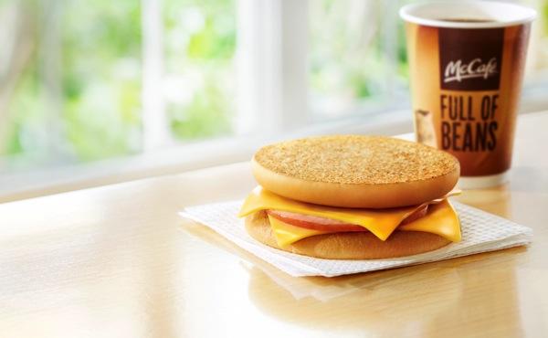 マクドナルド、100円マック「マックトースト」期間限定で発売
