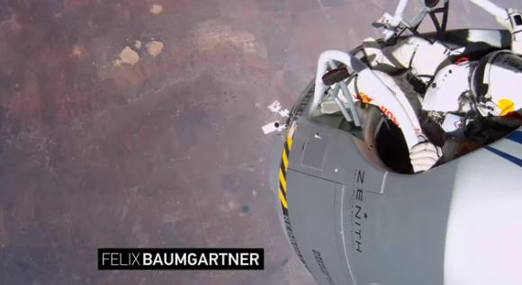 【動画あり】「GoPro」NFL決勝のテレビCMとして成層圏からのスカイダイビングの模様を放送