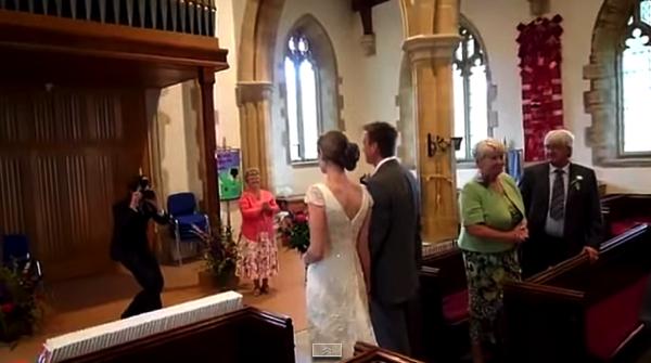 【動画】結婚式でどんどんメタメタになるオルガンの演奏
