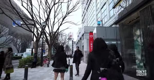 【動画あり】不思議な感覚に陥る!街の動きを全て逆回転させた動画「TOKYO REVERSE」