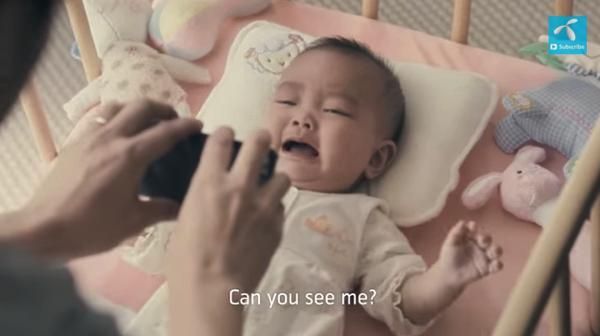 【動画あり】ママは買い物でお出かけ、赤ちゃんが泣き出した!さあ、新米パパはどうする!?