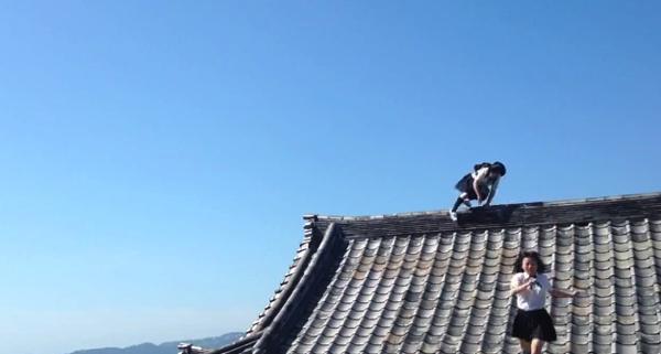 【動画あり】二人の忍者女子高生がフリーランニングで熱海の街を駆け巡る!