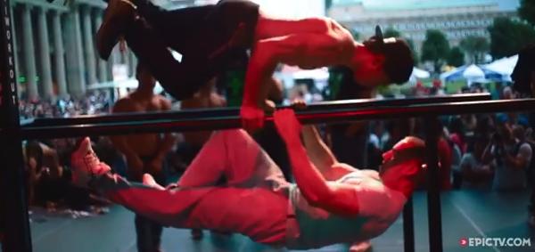 【動画】重力を感じさせない‥‥人は鍛えるとここまでできるのか!Street Workout World Cup